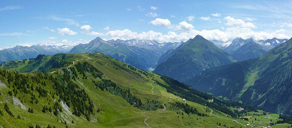 Wunderschönes Panorama der Dolomiten in Südtirol